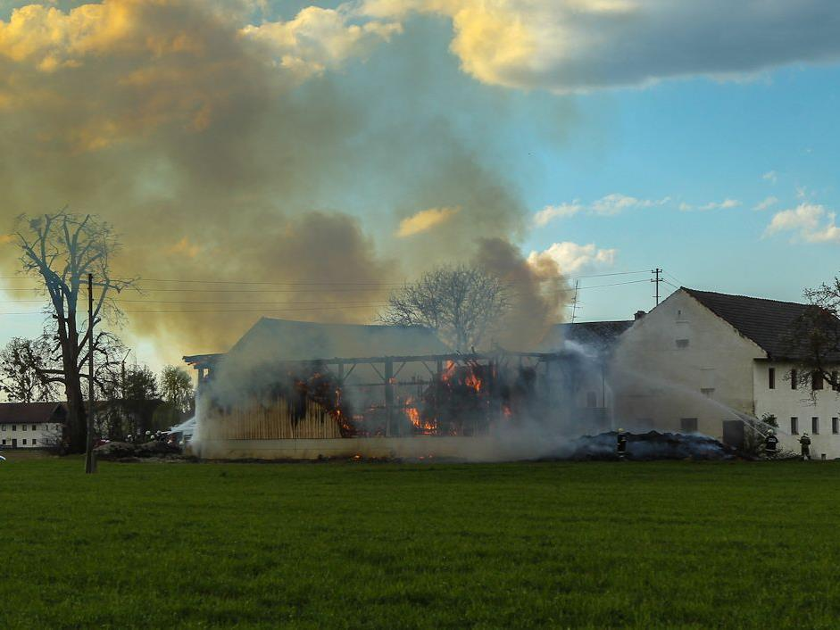 Die Brandursache ist noch unklar, der entstandene Schaden dürfte hoch sein.