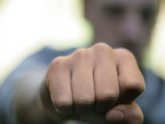 Jener mutmaßliche 19-jährige Täter, der Anfang März einen 17-Jährigen so stark verprügelte, dass dieser verstarb, ist nun wieder in U-Haft.