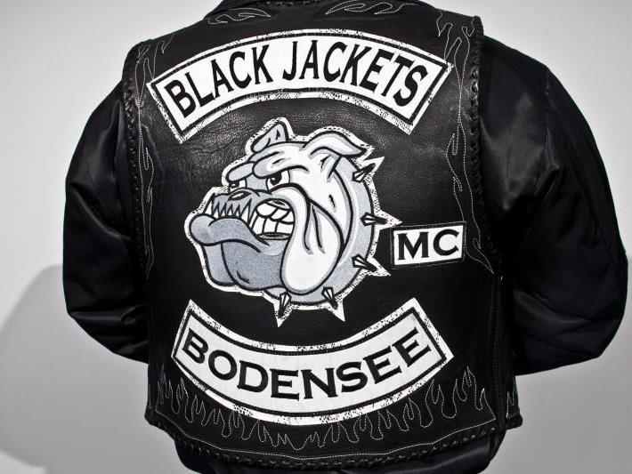 """""""Black Jackets"""" im Visier der Ermittler"""