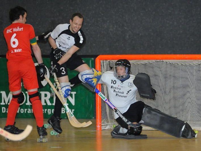 RHC Dornbirn gewinnt Klassiker gegen Wolfurt mit drei Toren Differenz.