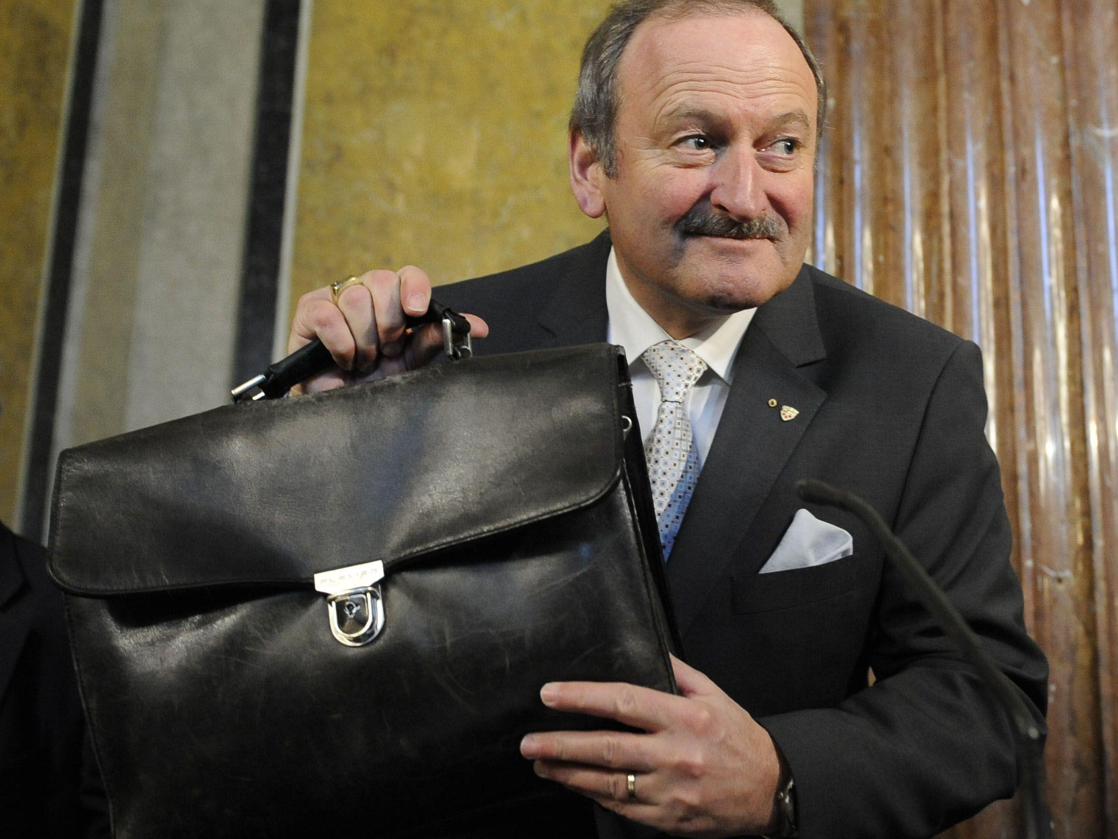 Gorbachs umstrittene Aussagen zu Weißrussland-Wahlen in neuem Licht.