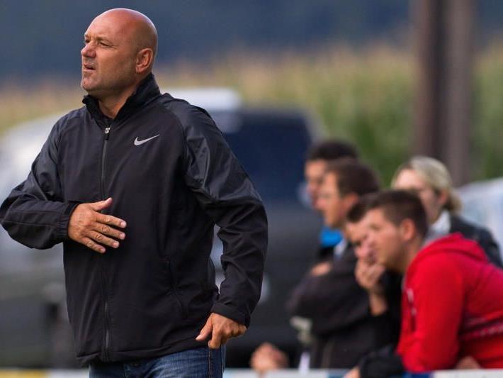Ferdl Heinisch ist ab Sommer nicht mehr Hatlerdorf-Trainer.