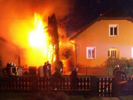 Die Ursache des Hausbrandes ist derzeit noch unklar.