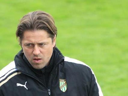 Trainer Helgi Kolvidsson
