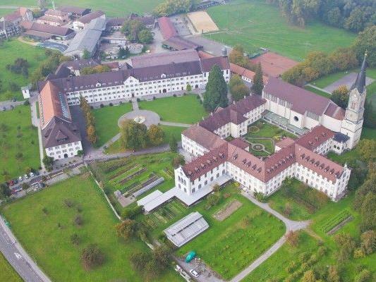 Missbrauchs-Vorwürfe gegen Kloster Mehrerau vor Gericht.