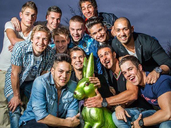 Die zwölf Kandidaten für die Mister Vorarlberg-Wahl 2012.