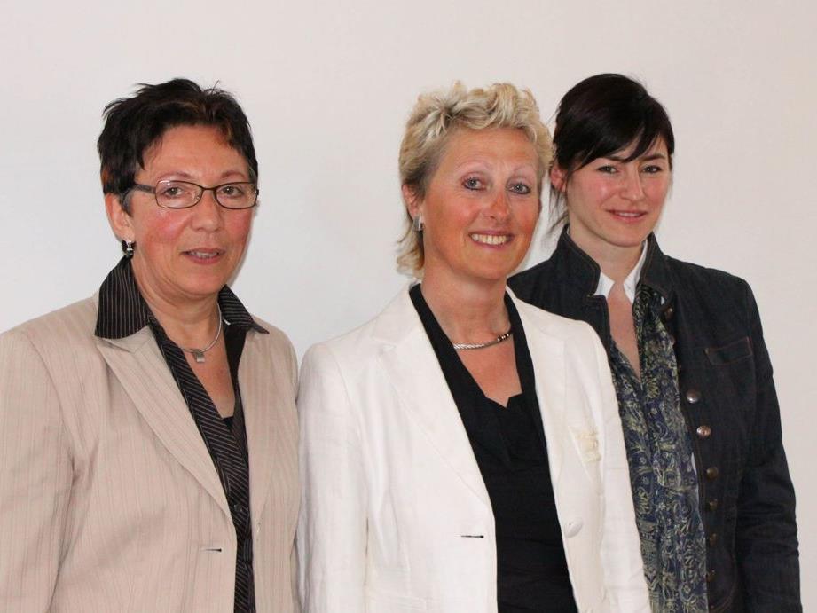 Ansprechpartnerinnen für die 2015 Mohi-Mitarbeiterinnen im ganzen Land: Geschäftsführerin Uschi Österle, Obfrau Kitty Hertnagel und Stellvertreterin DSA Barbara Moser-Natter.