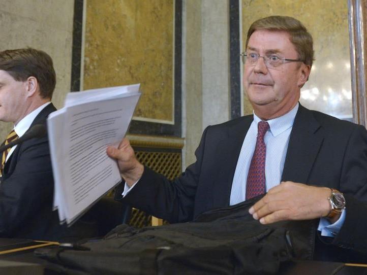 Gegen Petrikovics wird wegen der Zahlungen an den Lobbyisten Peter Hochegger ermittelt