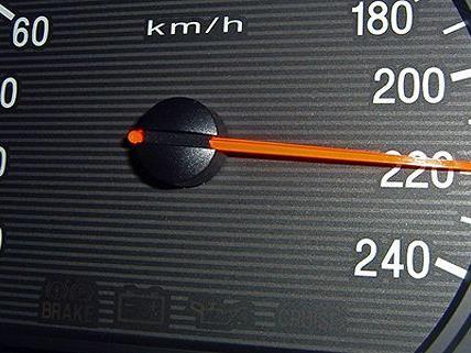 Der 18-Jährige war mehr als 50 km/h schneller als erlaubt.
