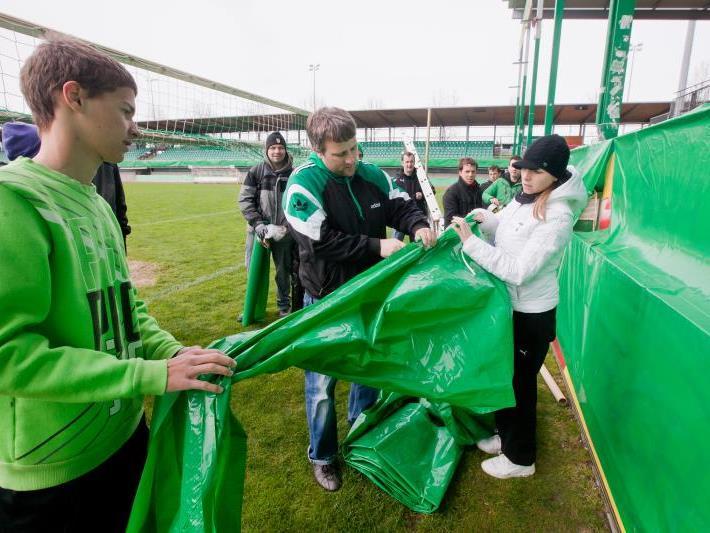 Alles Grün am Mittwoch im Reichshofstadion.