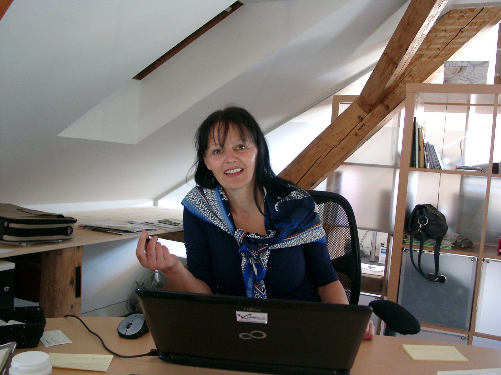 Charmant, freundlich und zielstrebig ist Ländle-TV-Redakteurin Brigitte Tschol.