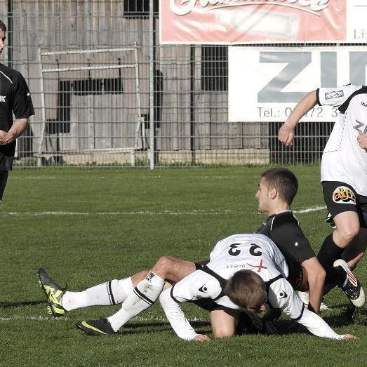 Langenegg gewann das Derby gegen Sulzberg mit 2:1.