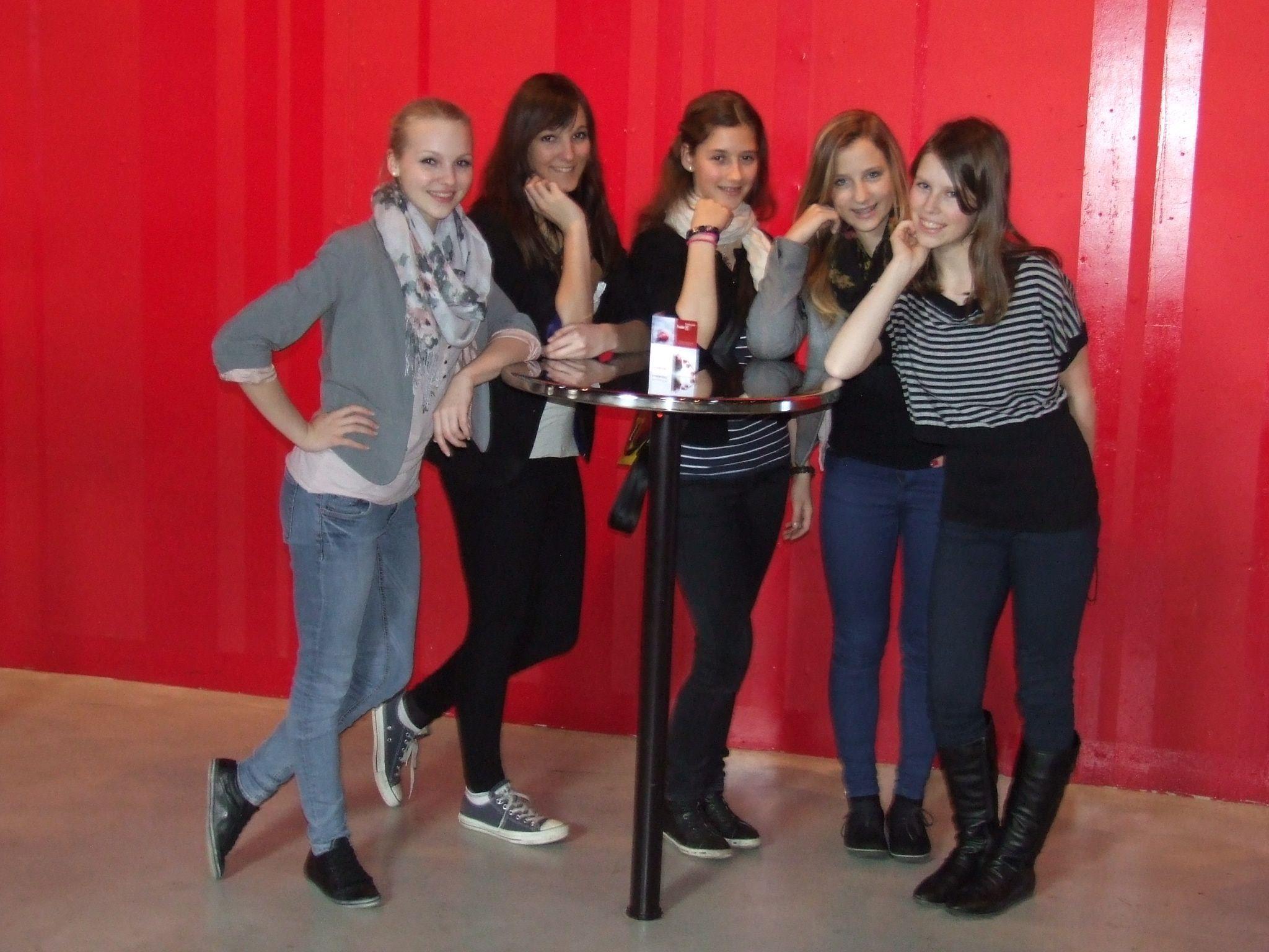 ACT-Tänzerinnen im Theater 11 in Zürich
