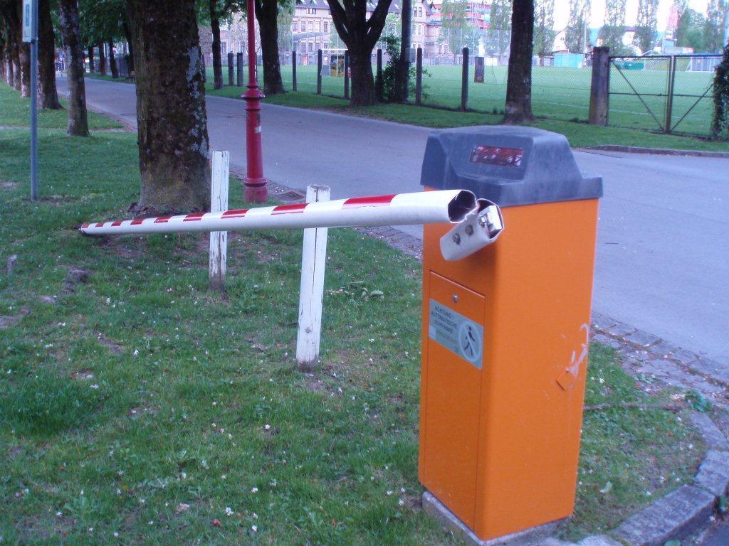 Sachbeschädigung in Bregenz nahe des Hallenbades.