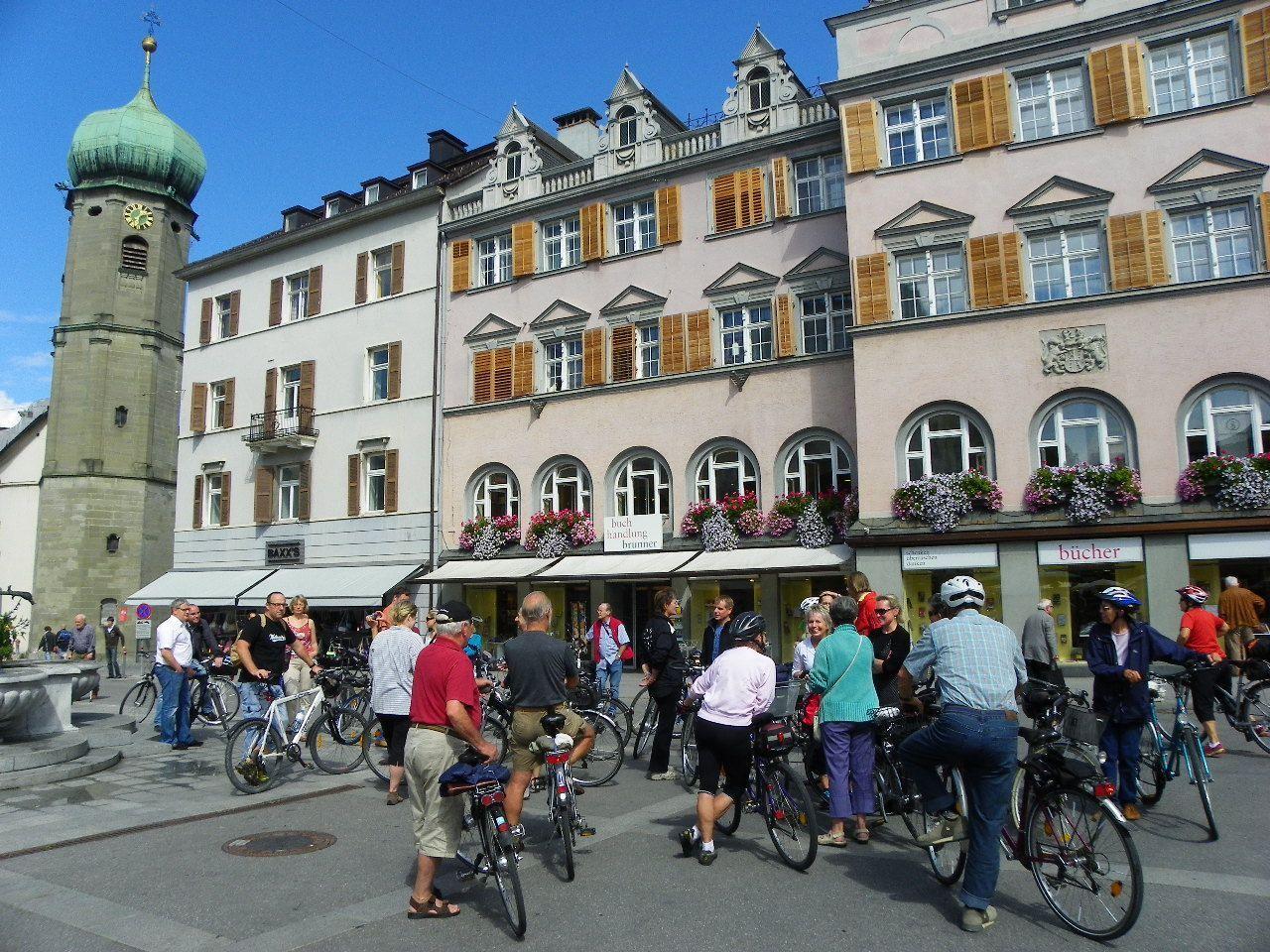 Radsternfahrt mit zahlreichen Teilnehmern