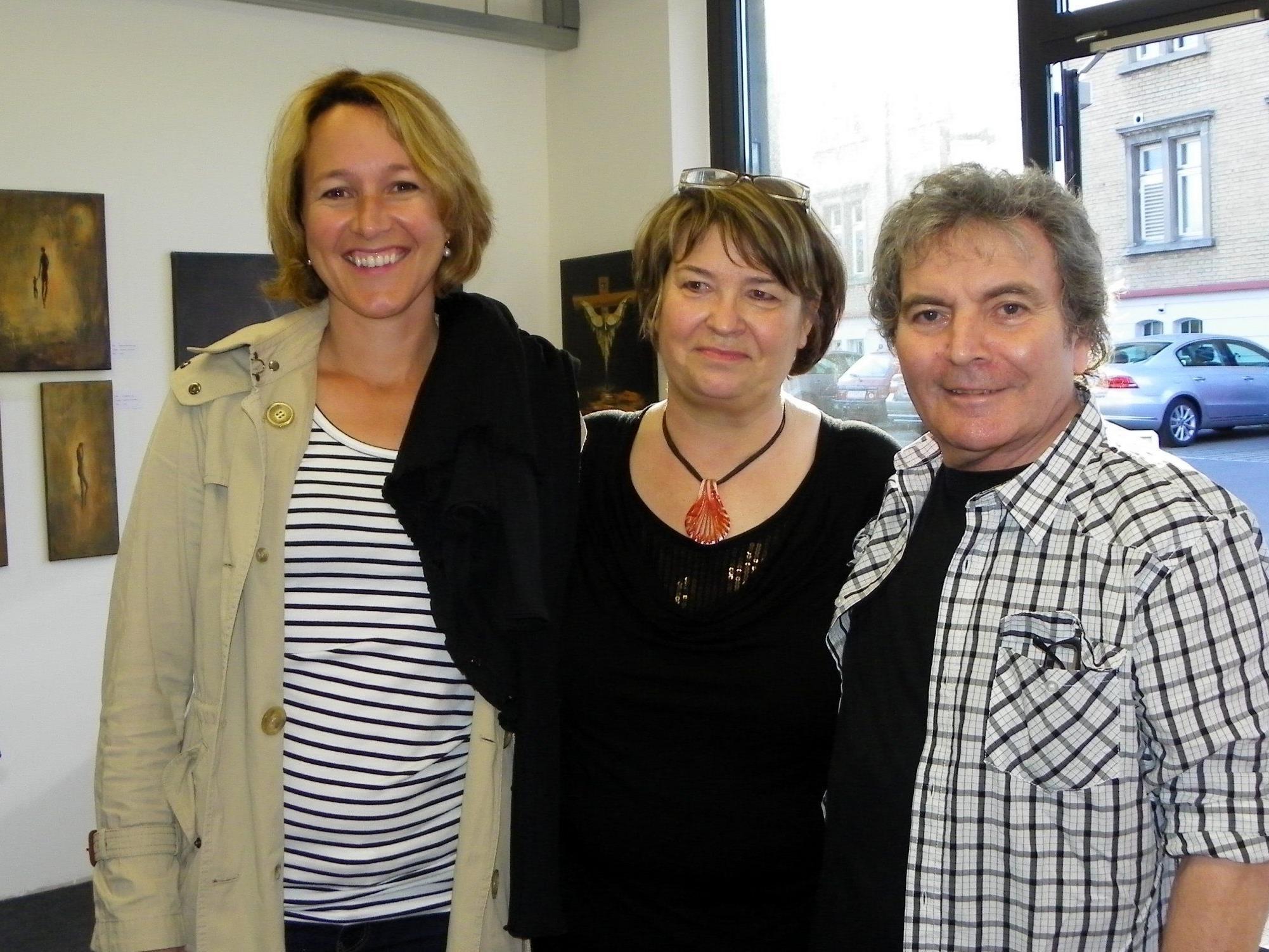 Künstler Heinrich Rossi mit Frau Regina und Stadträtin Judith Reichart