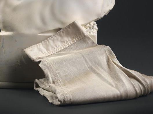 Sisis Reitunterhose war einem Sammler über 3000 Euro wert