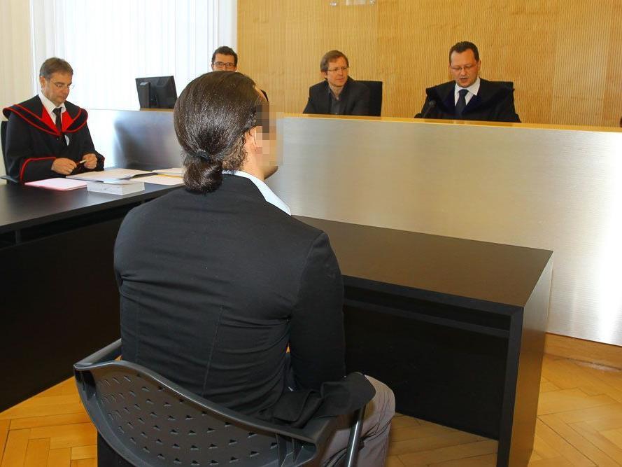 Landesgericht Feldkirch: 23-Jähriger wegen Suchtgifthandels zu vier Jahren Haft verurteilt.