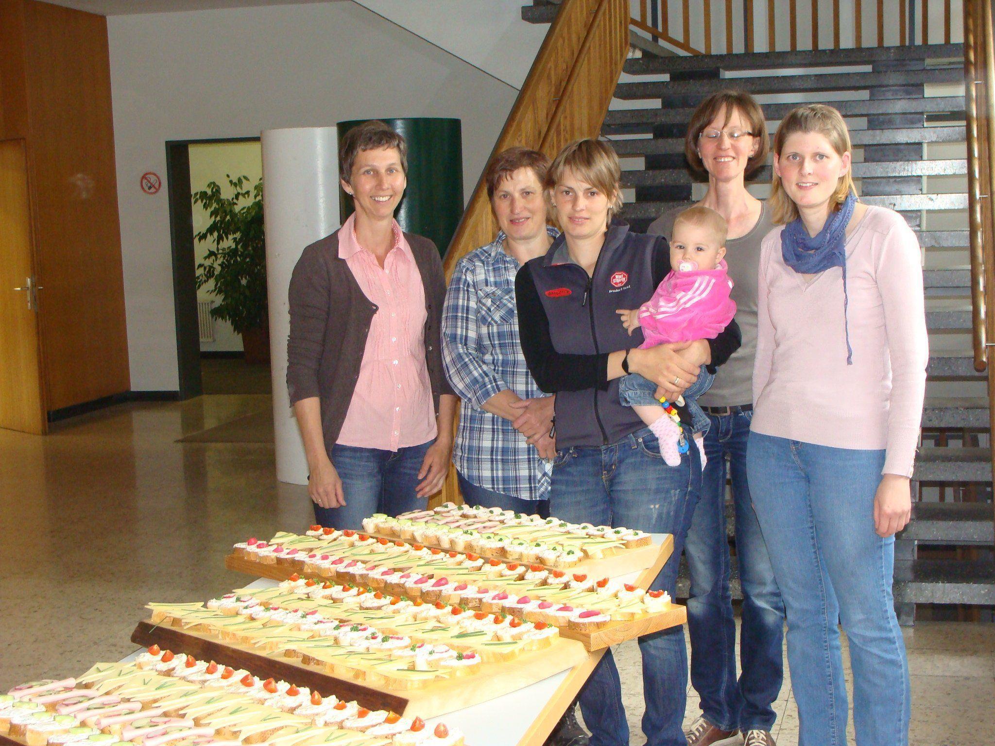 Bäuerinnen sorgten für ein tolles Jausenbuffet.