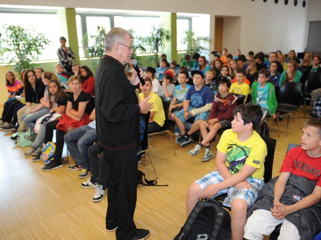 Bischof Erwin Kräutler erzählte von seinem Leben und Wirken in Brasilien.