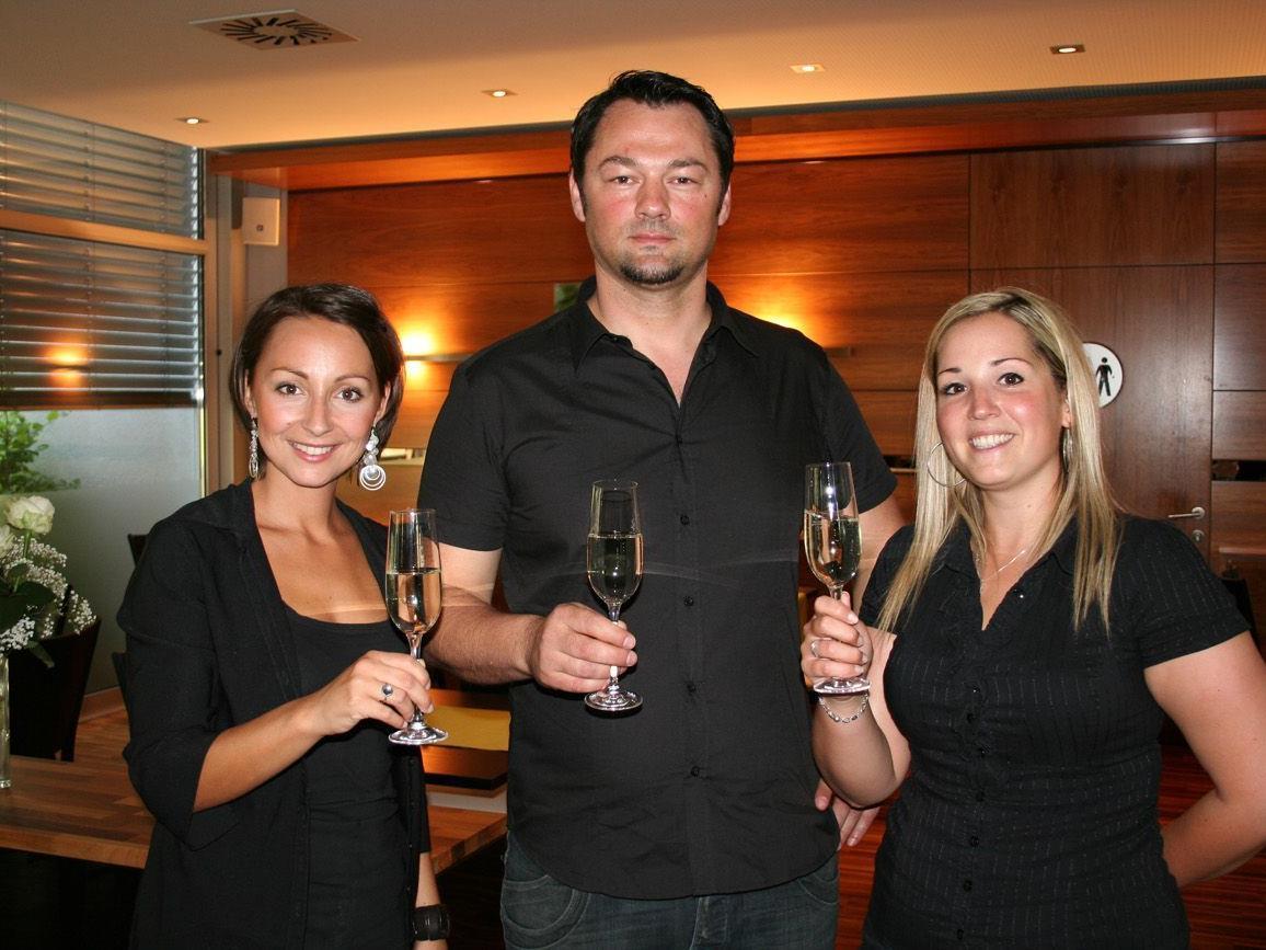 Maslan Chevad mit Patrizia Di Maggio und Marion Mathis.