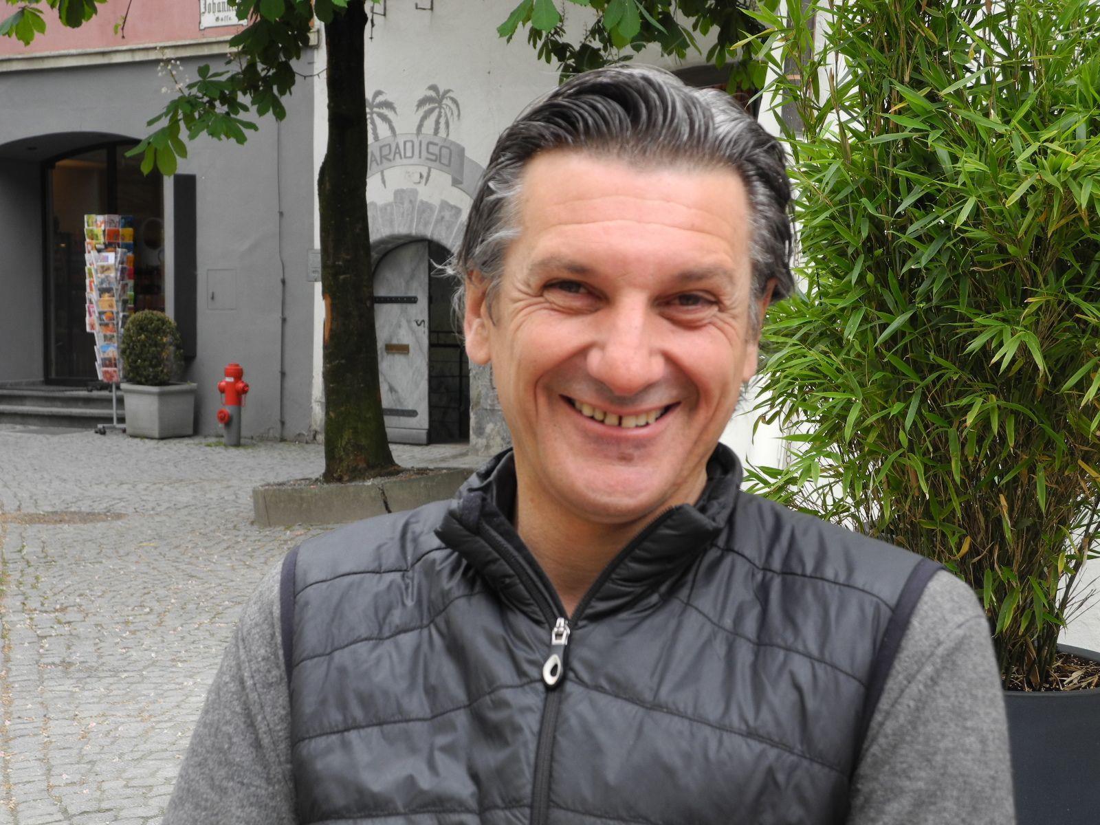 Arno Egger, der Kurator für die Auswahl, die Durchführung und die Abwicklung der Kunstaustellungen in der Johanniterkirche und im Palais Liechtenstein