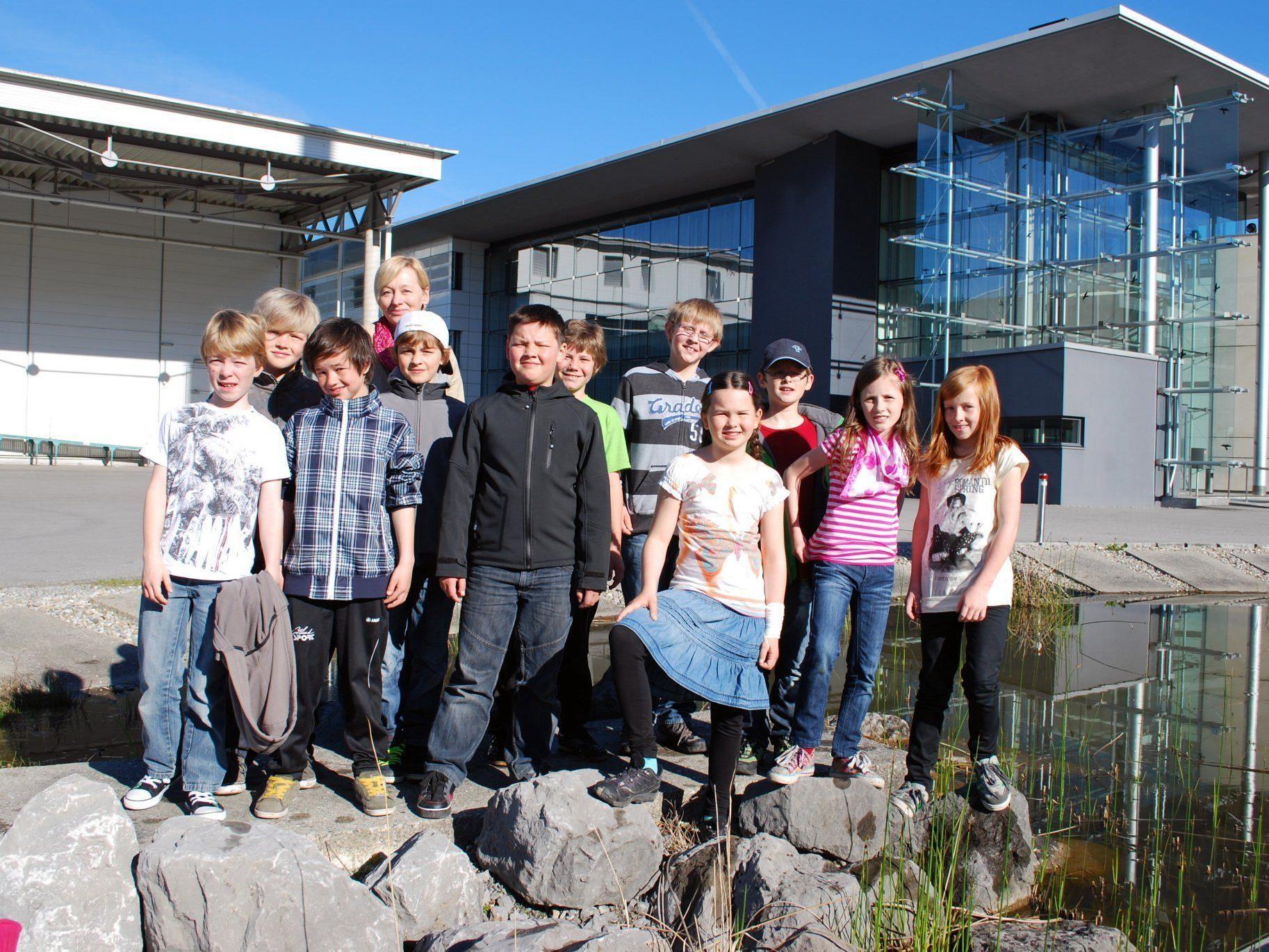 Die 4. Klasse der VS Alberschwende besuchte das Vorarlberger Medienhaus.
