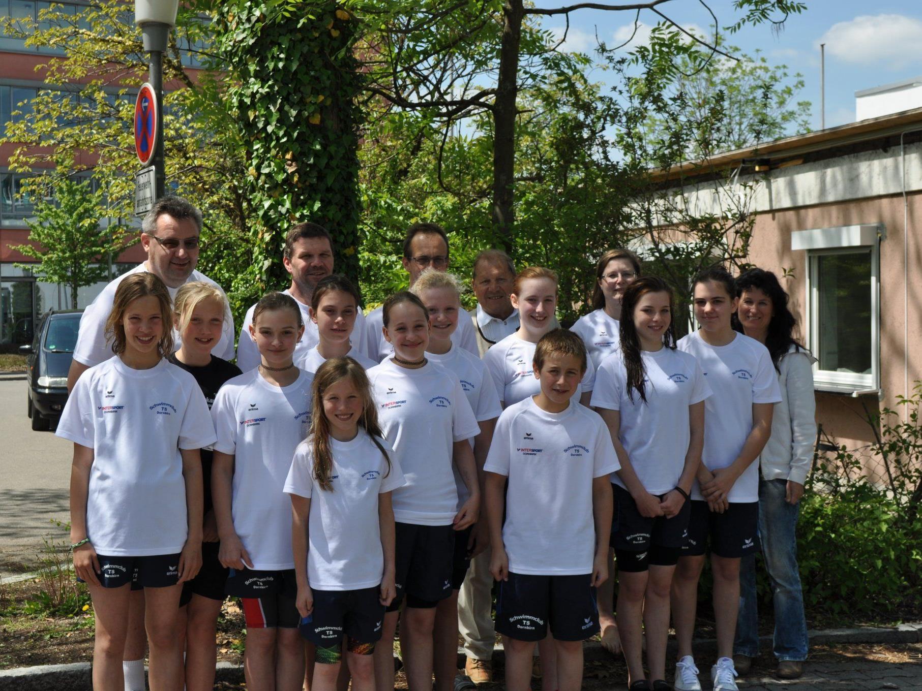 Das Team des Schwimmclubs TS Dornbirn
