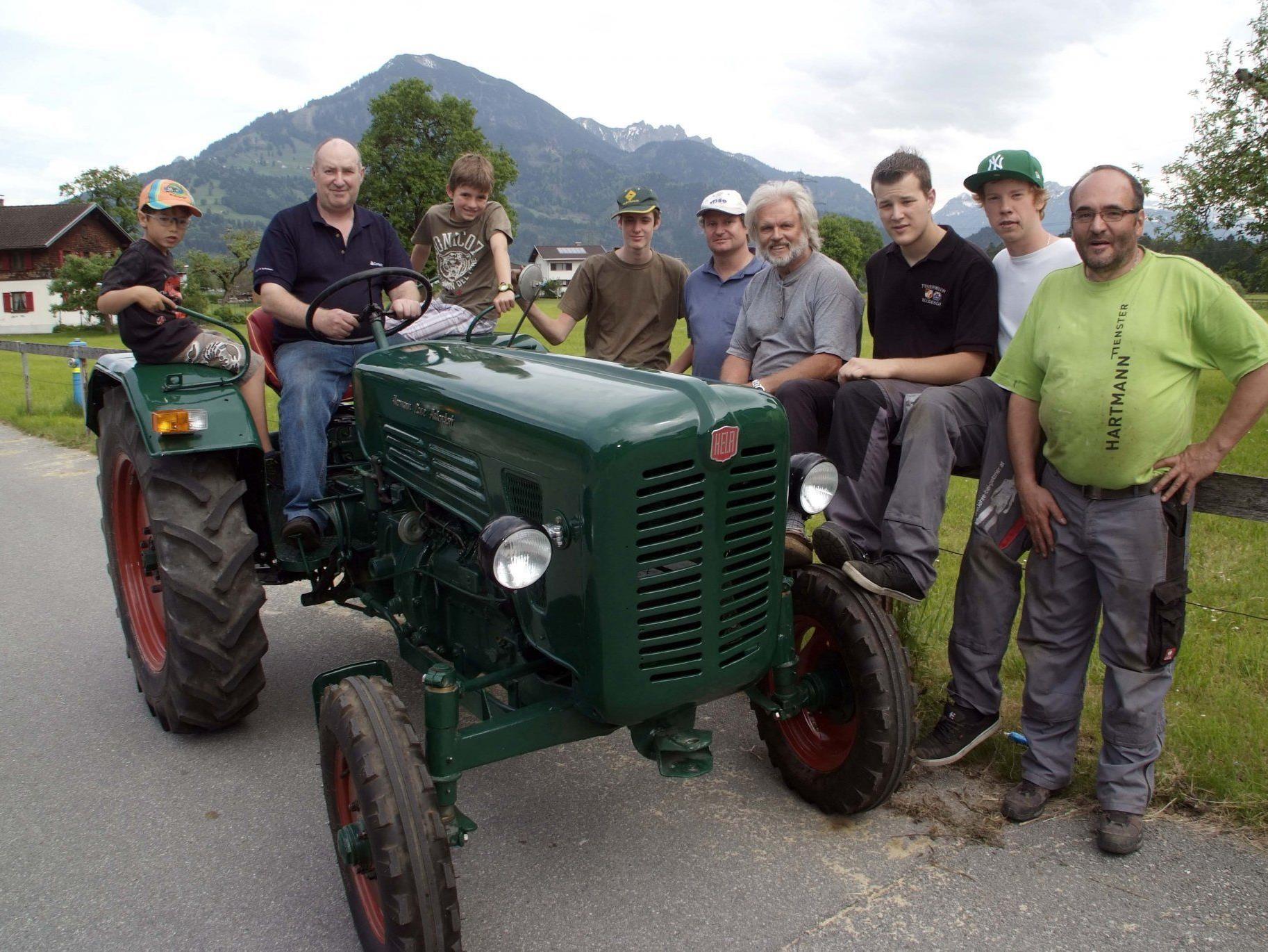 Die CALM-Mitglieder sind stolz auf ihre gelungene Fahrzeugrestaurierung
