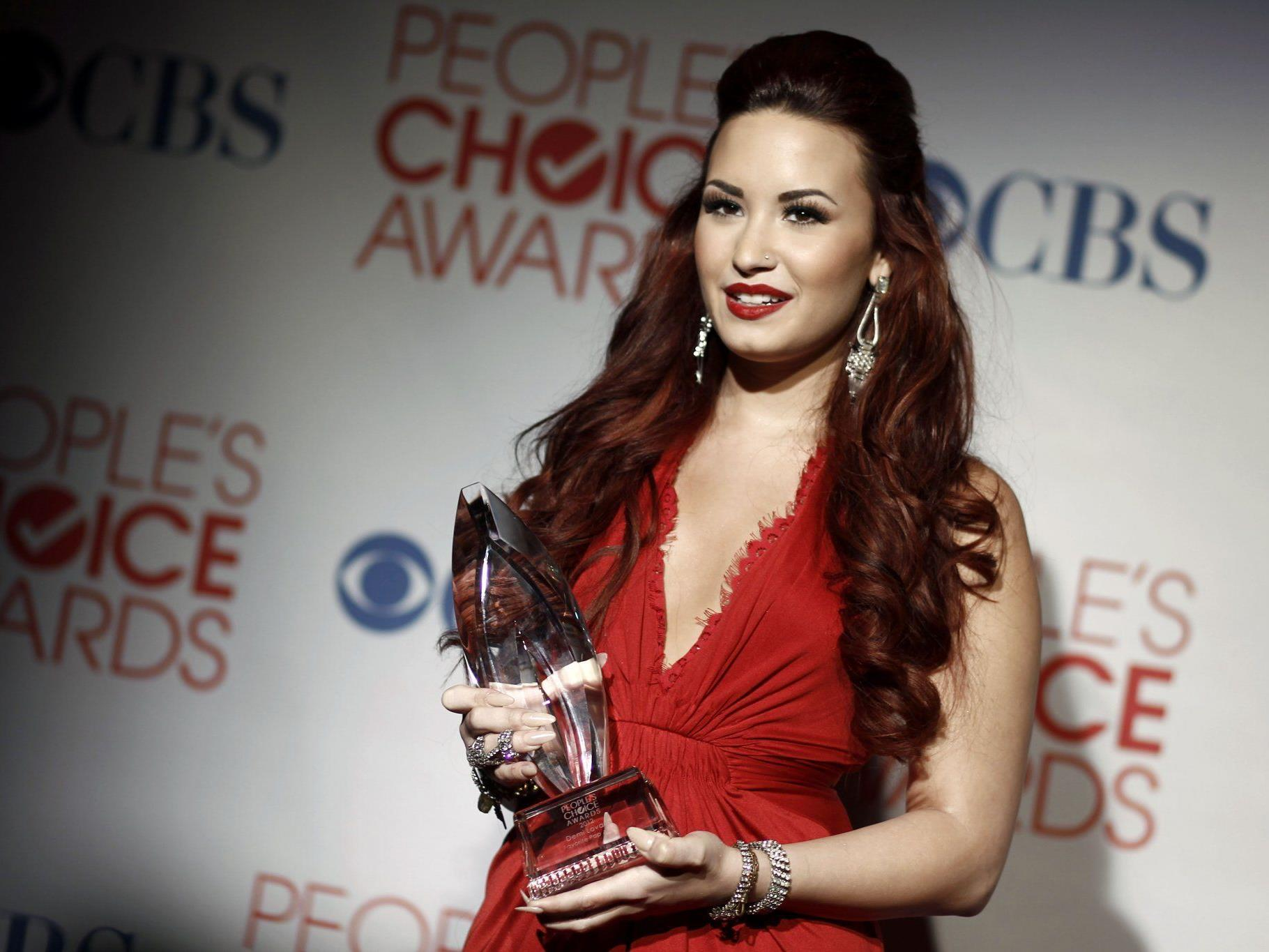 Demi Lovato wird Britney Spears als Jurorin unterstützen.