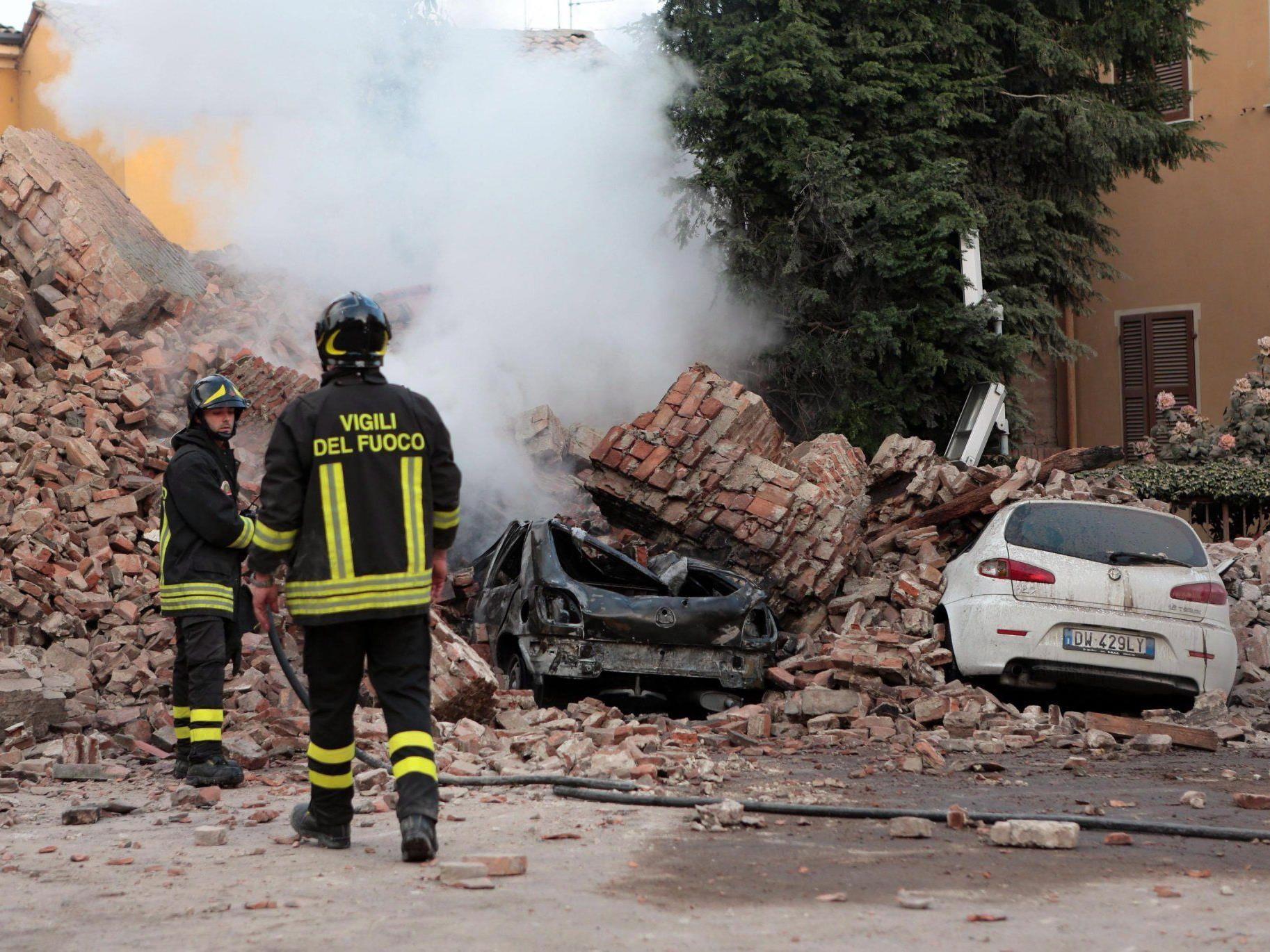 Bilder der Zerstörung nach dem verheerenden Beben in Norditalien.