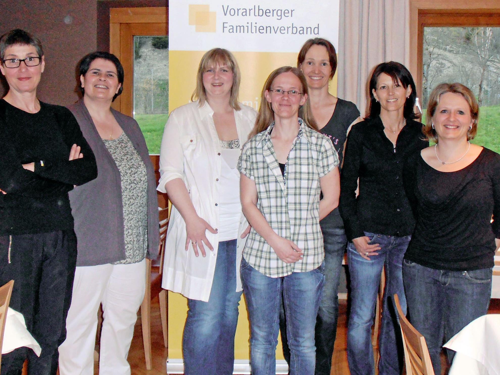 Der neue Vorstand des Familienverbandes Bizau mit Obfrau Christine Moosmann (2. von links).