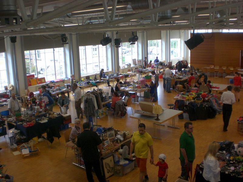 Gebremster Start des Volleyballerflohmarkts