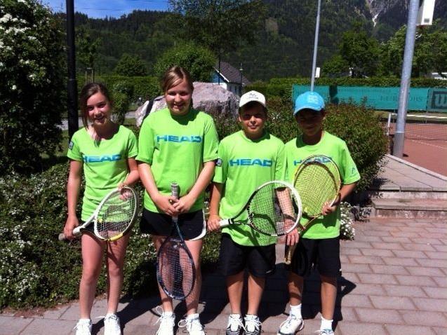 l.n.r. Johanna, Theresa, Patrick und Dominik