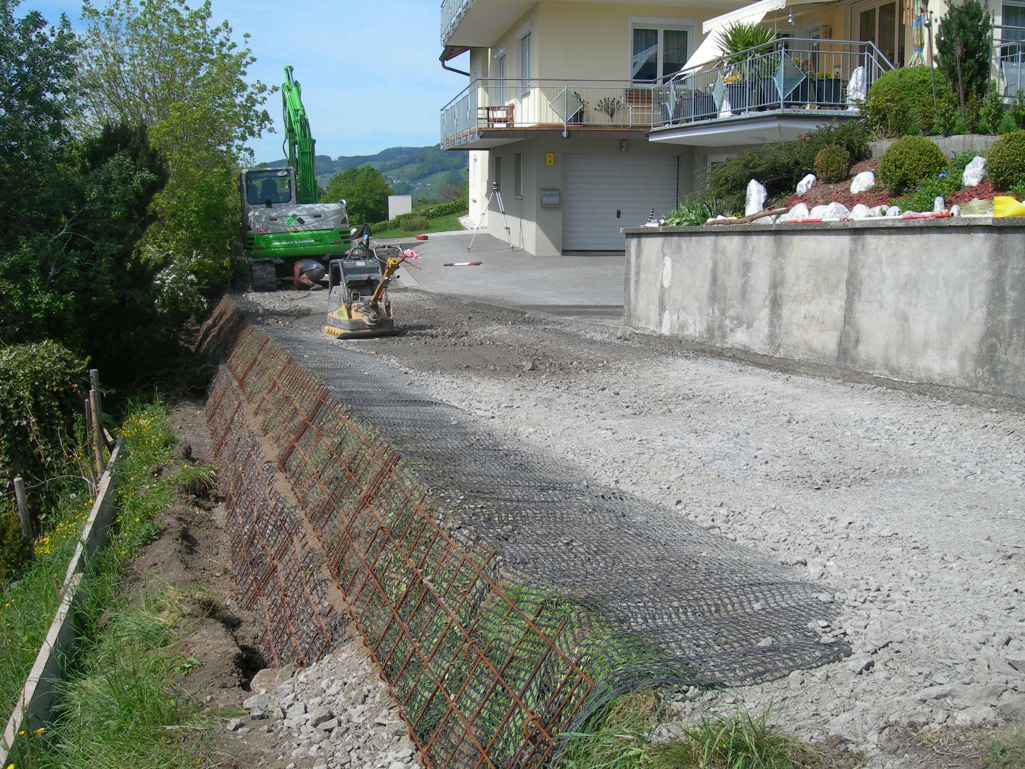 Sanierung der Böschnung beim Fuschelinaweg