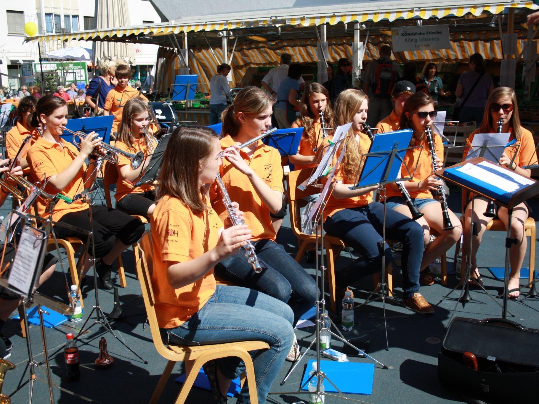 Flotte Melodien präsentierte die Jugendmusik des MV Concordia am Pfingstsamstag.