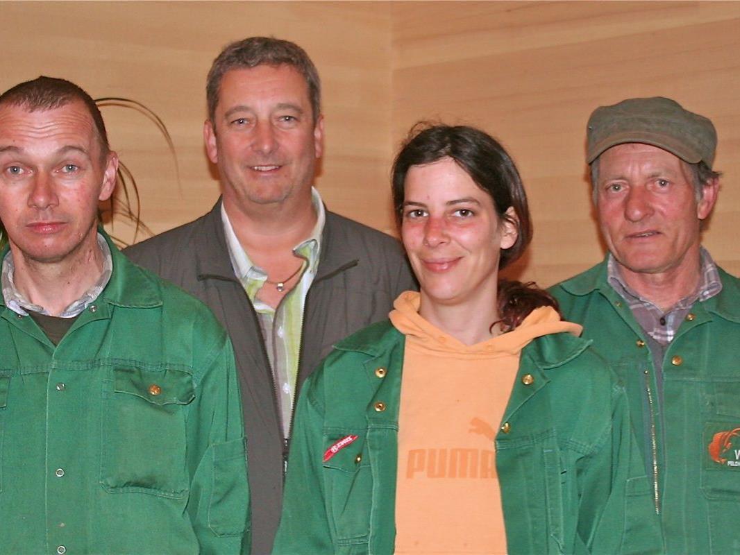 Das  Betreuungsteam mit Johannes Allgäuer, Niki Scherrer (Leiter), Judith Wilhelm und Peter Nesensohn widmet sich mit viel Engagement den täglichen Herausforderungen im Wildpark