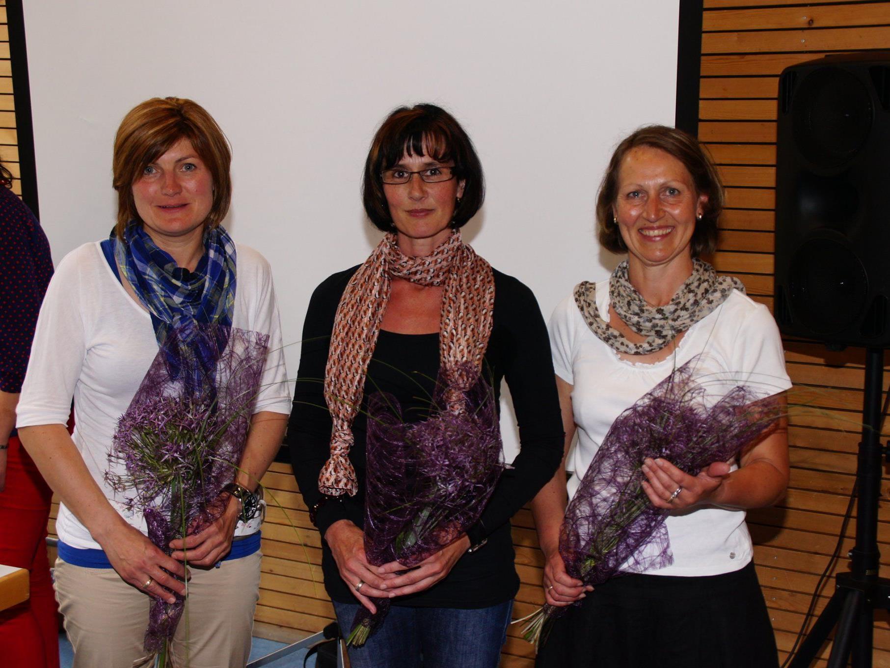 Roswitha, Monika und Bernadette erzählten bei der Jahreshauptversammlung von ihren Erfahrungen im Bereich der Pflege zuhause.