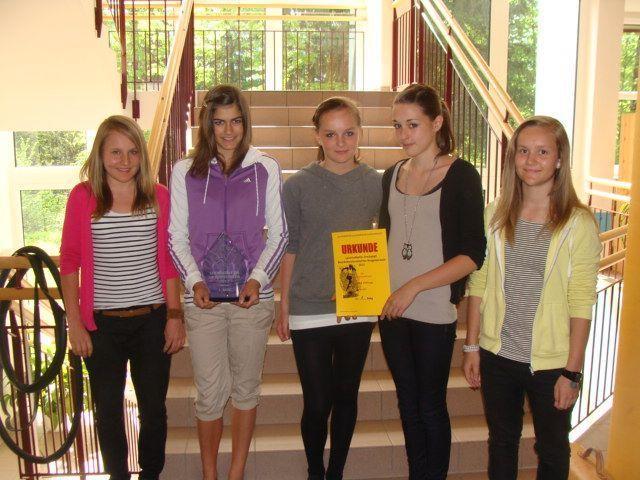 Das siegreiche Mädchenteam der VMS Hittisau.