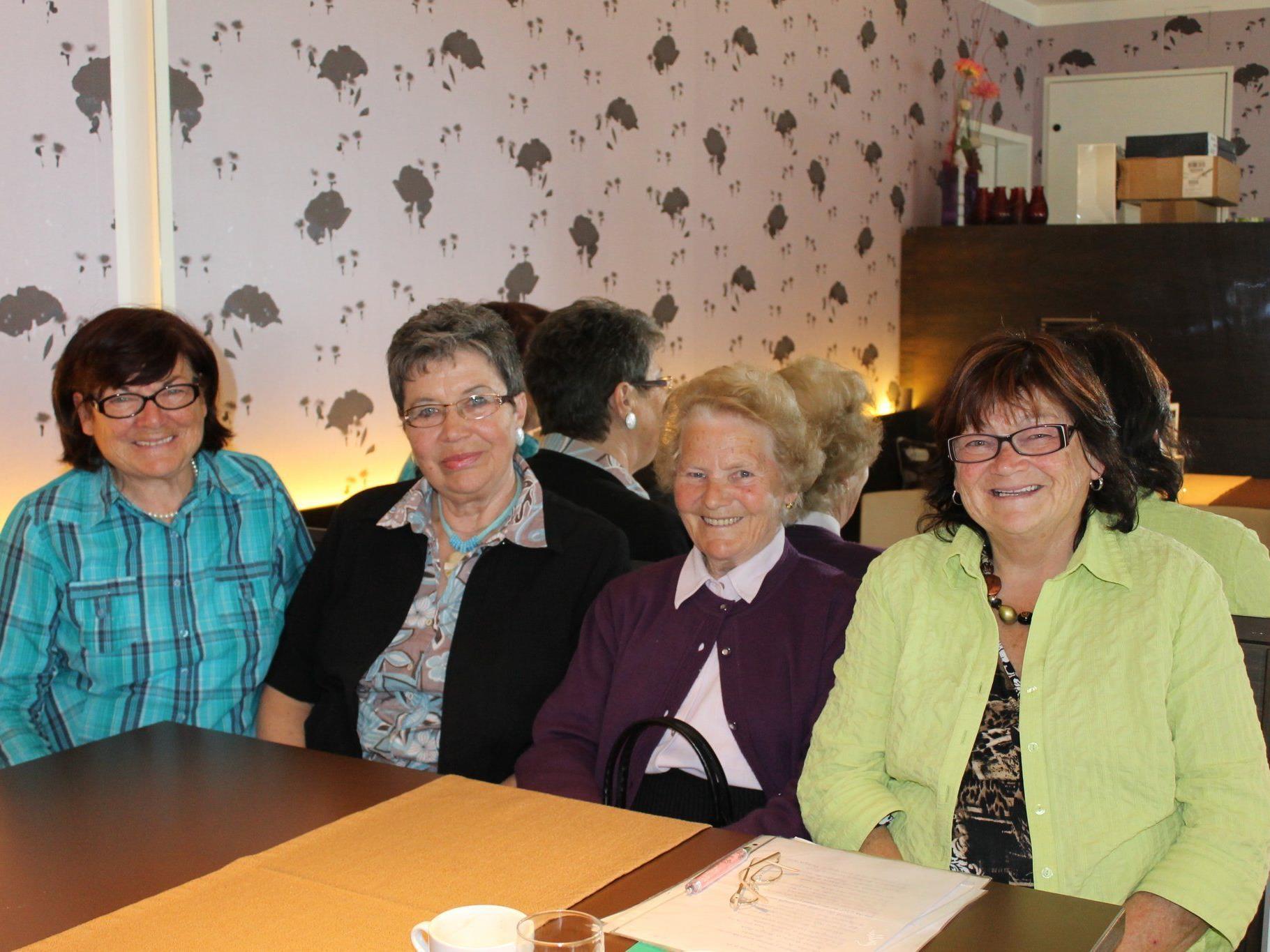 v.li.Anneliese Zerlauth, Lidwina Boso, Hermine Bischof u. Irene Würbel-Walter