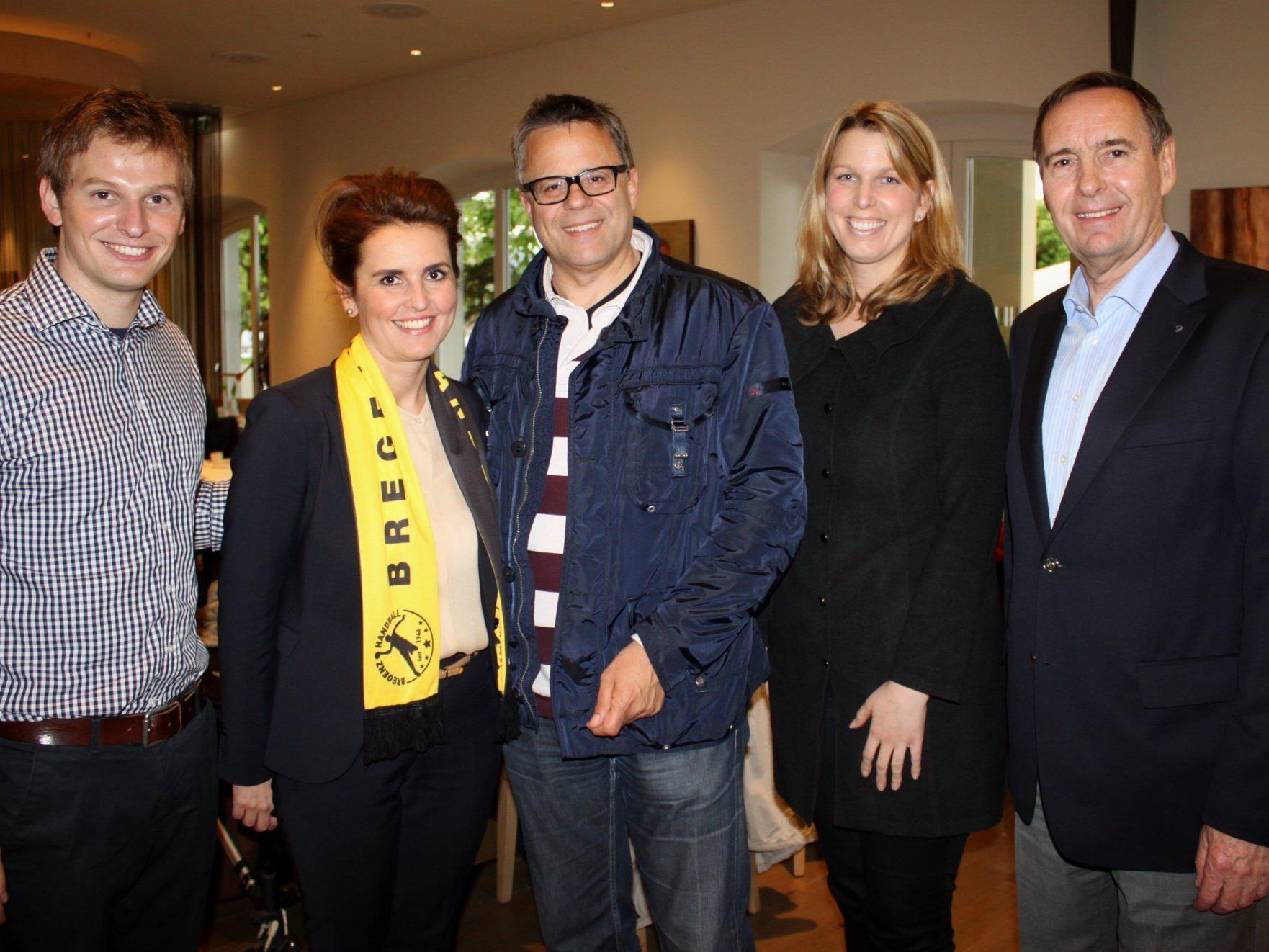 Thomas Berger (Bregenz Handball), Sandra Neukart (RIMC), Roland Frühstück (Bregenz Handball), Annette Mätzler (Seehotel) und Hartmut Geese (RIMC).