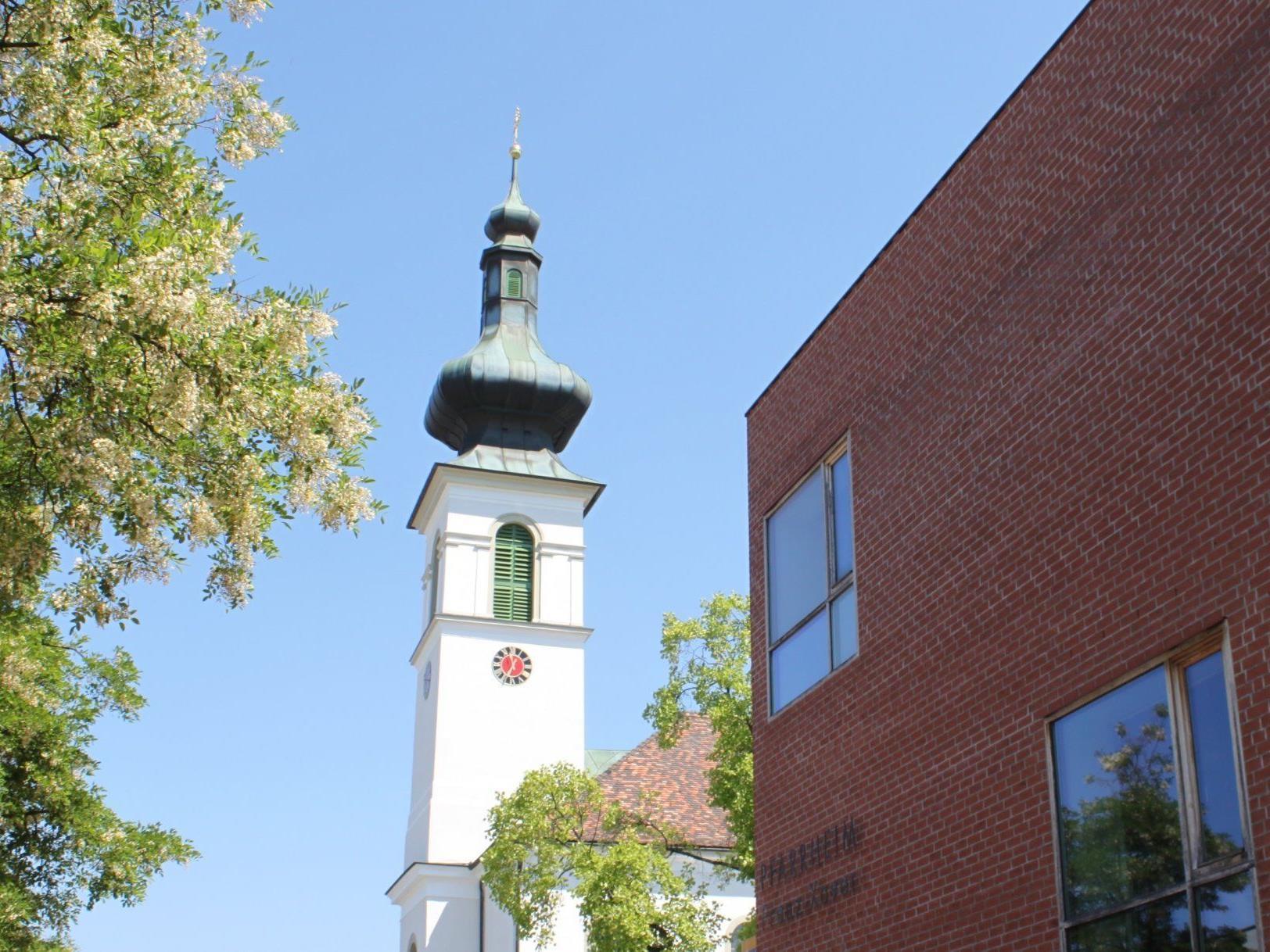 """Pfarrzentrum Lochau als vielfach willkommener """"Ort der Begegnung""""."""