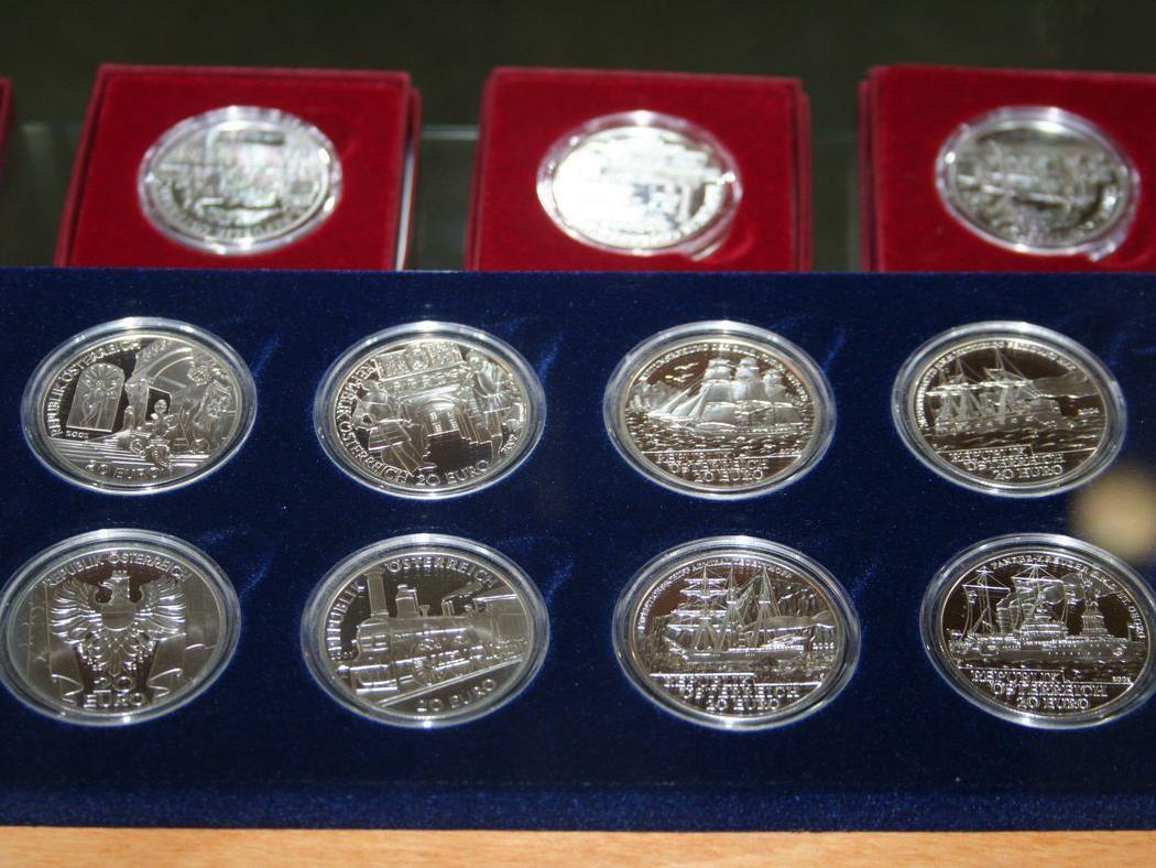 10 Jahre Euro - Münzausstellung in der Sparkasse in Nofels