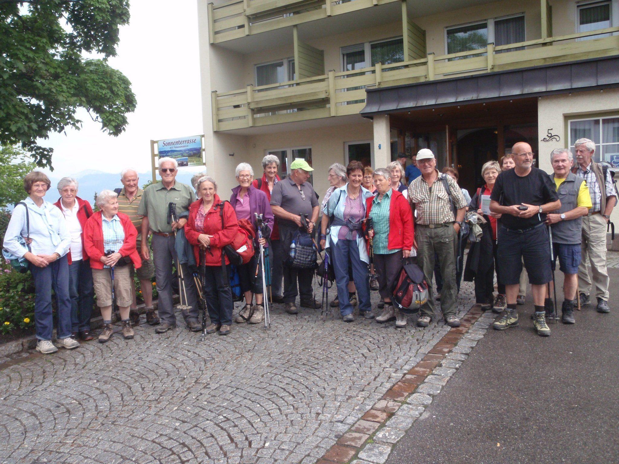 Unsere fröhliche Wandergruppe