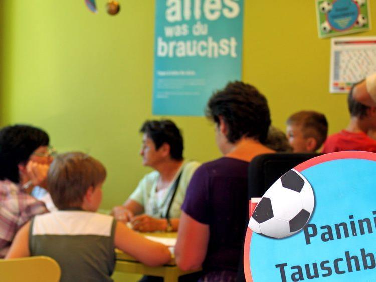 Jeden Mittwoch von 16 bis 17 Uhr gibt es im aha eine Panini-Tauschbörse.