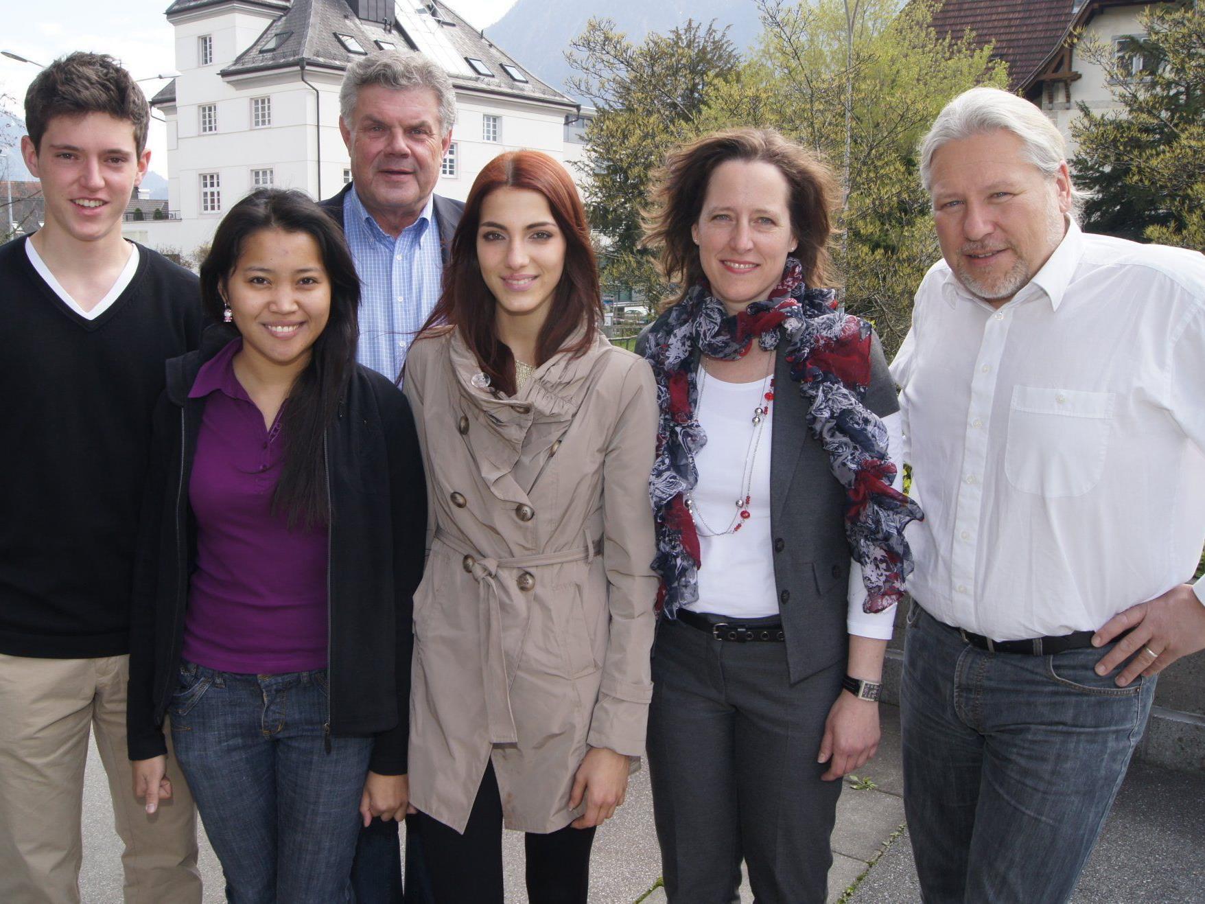 Start Stipendianten mit Bürgermeister Mandi Katzenmayer