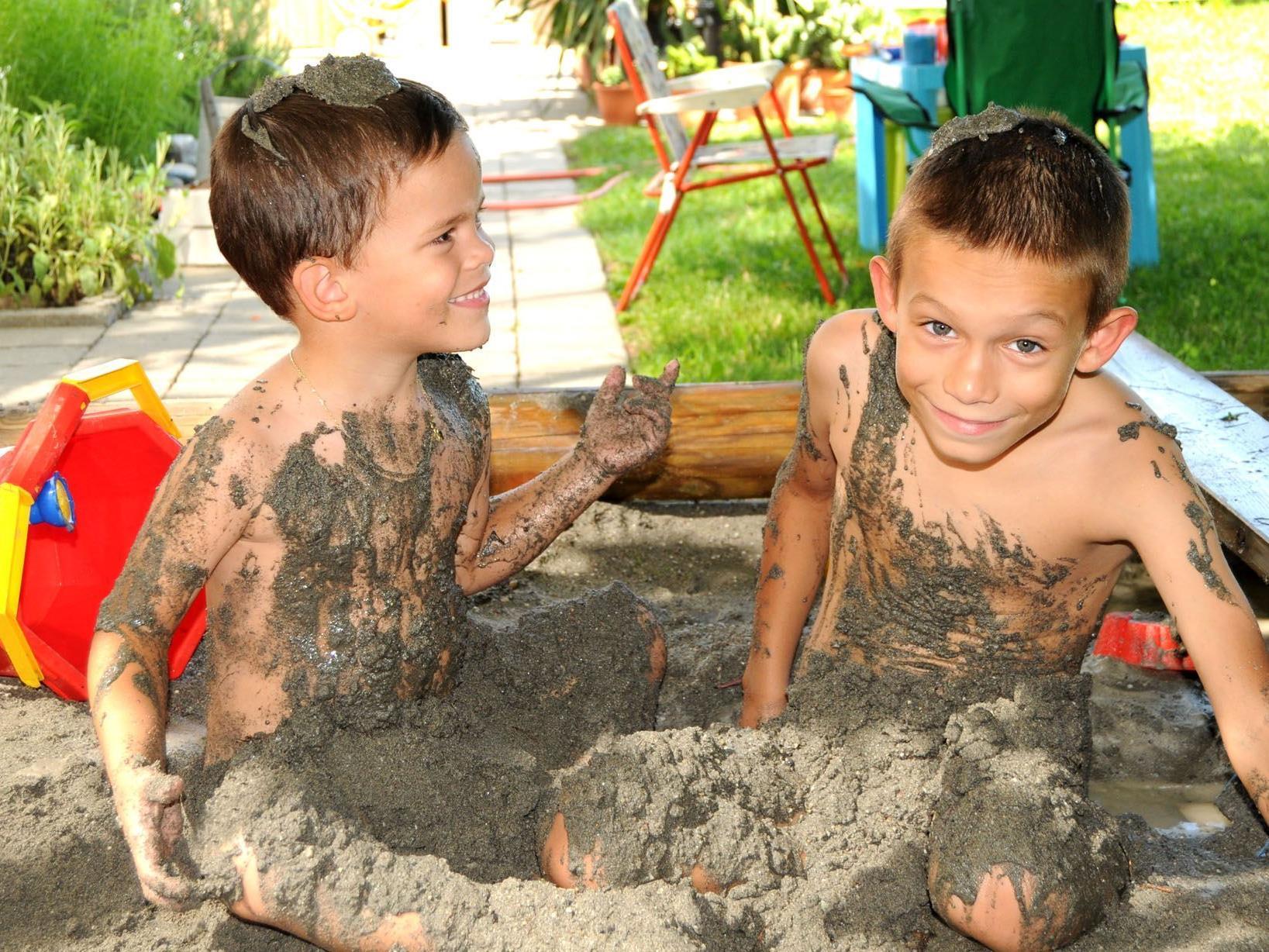 Am Samstag gibt es in Hard gratis frischen Sand für den Spaß im Sandkasten.