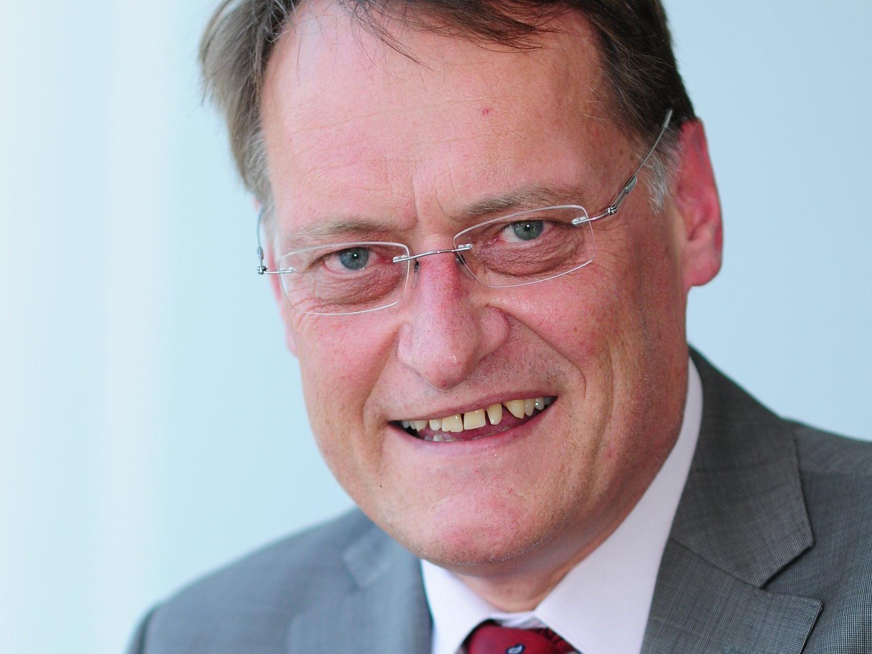 Für FPÖ-Verkehrssprecher, LTVP Ernst Hagen, ist die Beantwortung seiner Anfrage zur Lösung der Verkehrsprobleme im Rheintal durch ÖVP-LR Rüdisser ernüchternd.