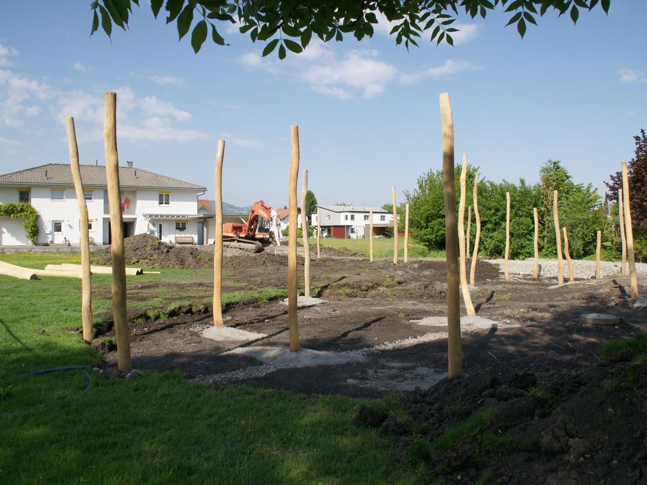 Die Arbeiten auf dem Spielplatz-Areal sind in vollem Gang.