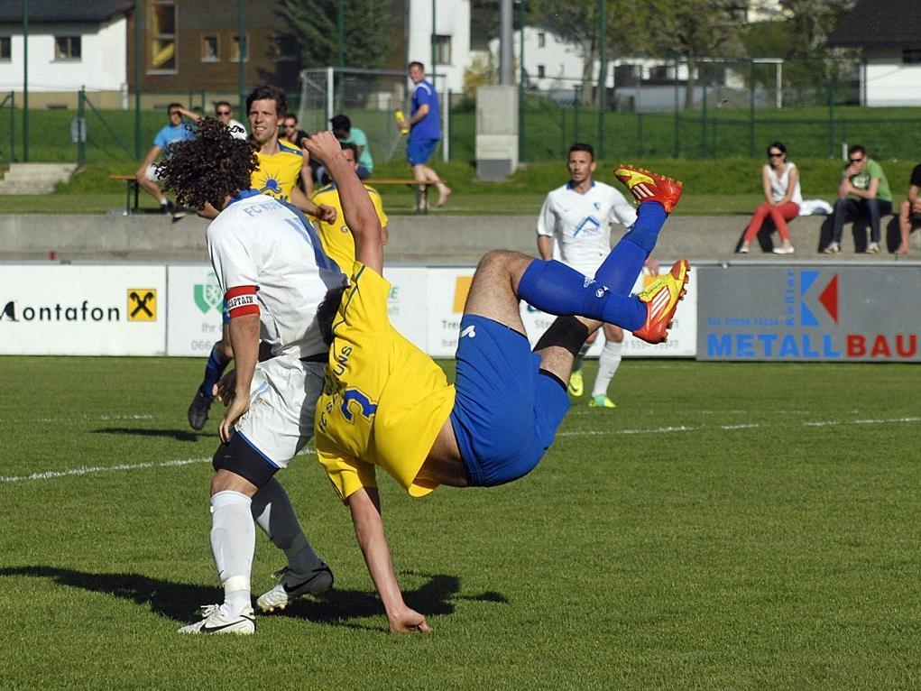 Golm FC Schruns - FC Koblach 1:2 (Spiel am 28. April 2012 im Aktivpark Montafon)